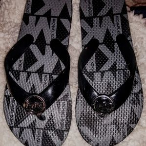 MK  flip flops